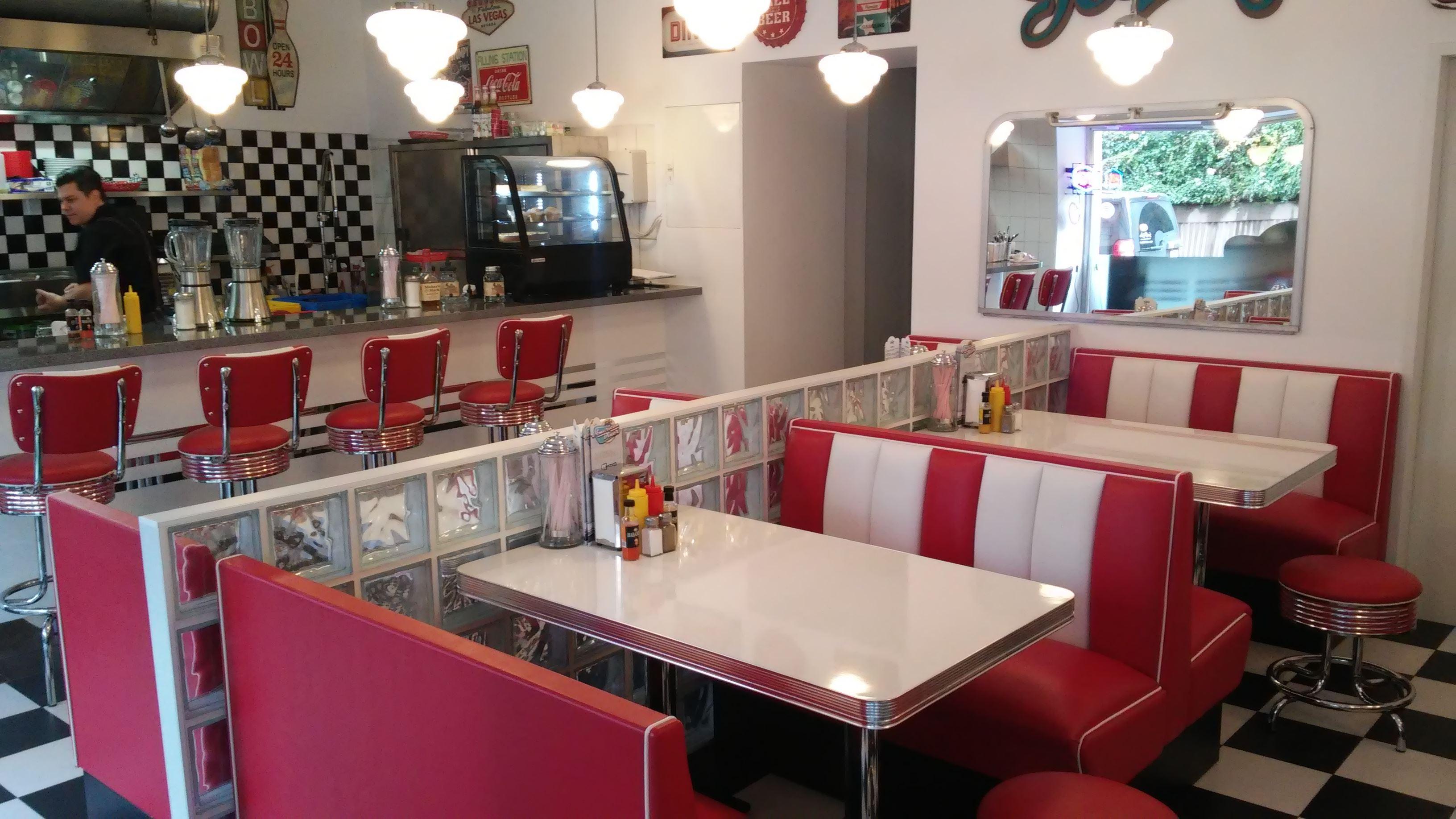 Teddy Diner, 1060 Wien